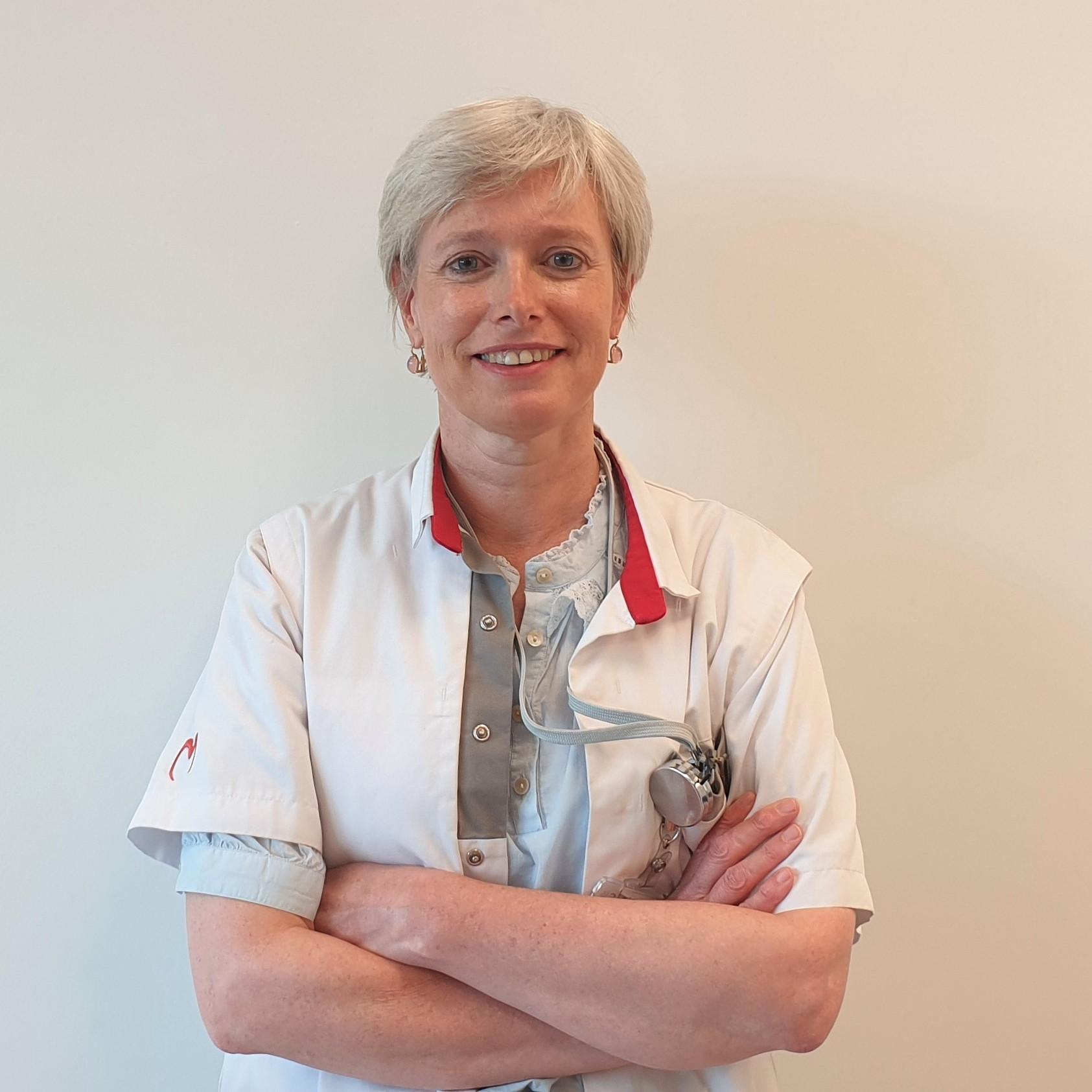 Dr Stephanie Ryckaert - DERMATOLOOG   KNOKKE